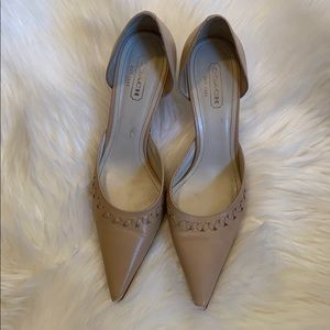 Coach Mid-Heel Tan Abigail Shoes